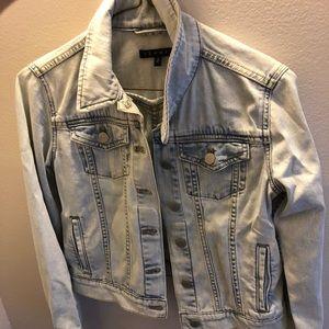 Small Theory Denim Jacket (light wash)